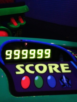This was my first time ever topping out the score screen on Astro Blasters. My picture didn't come though at the end, though, so I'm unsure of my final score.