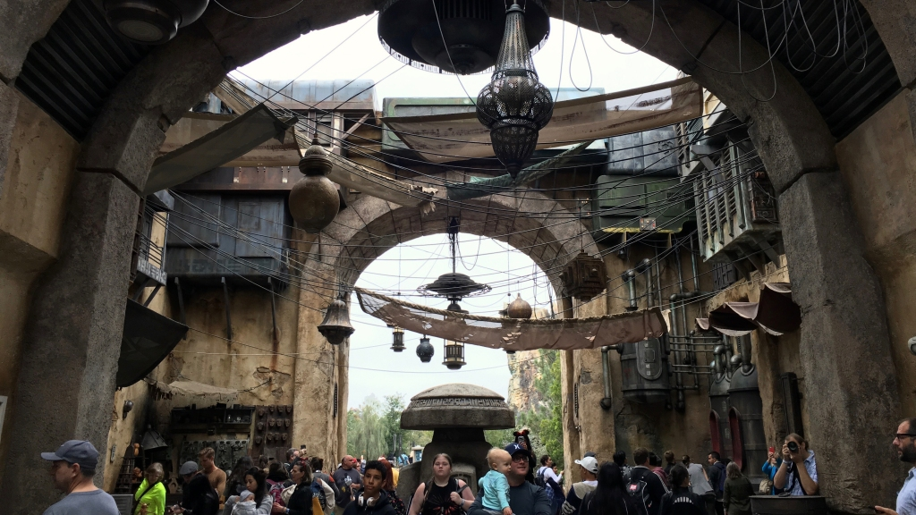 Marketplace in Star Wars: Galaxy's Edge